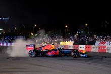 Coulthard, Dennis complete Red Bull show run at Vietnam GP