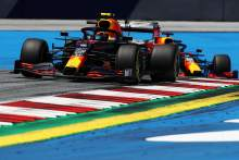 Albon 'not panicking' about gap to Red Bull F1 teammate Verstappen