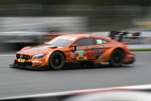 Auer beats title contender Paffett to race one pole