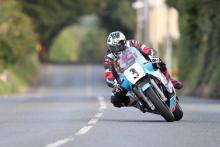 Classic TT: Dunlop off and running Suzuki XR69