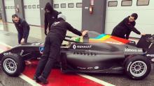 Alonso's FA Racing team makes Formula Renault debut