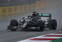 Hamilton beats Verstappen to pole for F1 Styrian GP by 1.2s