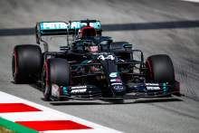 Hamilton leads another Mercedes 1-2 in F1 Spanish GP FP2