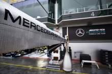 Anggota tim Mercedes F1 dinyatakan positif COVID-19 di Eifel GP