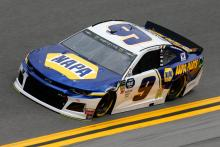 Chase Elliott leads Hendrick 1-2-3 in Talladega Stage 2