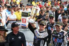 Kevin Harvick dominates crash filled Big Machine Vodka 400 at Indy