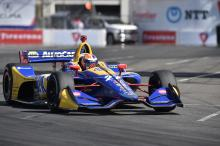 Rossi blasts to Long Beach pole