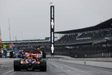 Rain puts Indy 500 qualifying in limbo