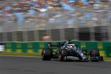 Hamilton, Mercedes pull clear in Australia FP2