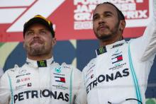 Mercedes will give drivers 'equal opportunity' in F1 title fight