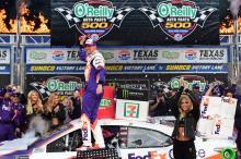 Denny Hamlin recovers to take Texas win