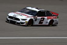 Brad Keselowski bests Kevin Harvick for Michigan pole
