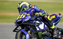 PIC: Rossi debuts 'double wing' Yamaha fairing