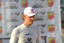 Schumacher teams up with Vettel at ROC