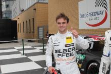 Auer to race in Toyota New Zealand series over winter