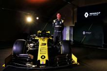 Ricciardo completes first Renault F1 run