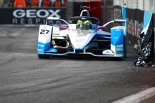 Sims takes maiden Formula E pole, Buemi out of title contention