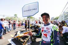 FE digs F1 over grid girls despite more recent usage