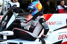 Alonso quickest, rain leads to four red flags in Spa FP2