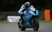 Francis leads damp FP1 to start BSB finale at Brands Hatch