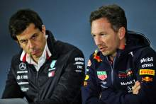 "Wolff refutes Horner's claim Mercedes F1 ""favours"" Hamilton"
