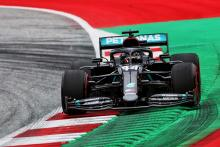 Hamilton tops Austrian GP FP1 as Mercedes lays early F1 benchmark