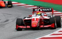 Piastri survives T1 clash to win on F3 debut in Austria