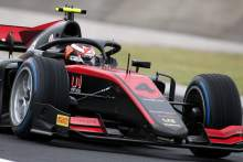 In-form Ilott grabs F2 pole at a wet Hungaroring
