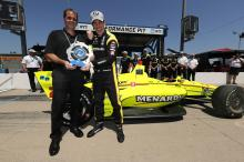 Simon Pagenaud charges to lead Penske 1-2-3 in Iowa qualifying