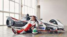 De Silvestro, Preining land Porsche FE test roles