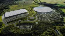 McLaren has resources to return to front amid plans to sell F1 factory