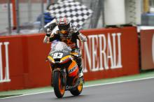 Moto2: Marquez storms through the field for Valencia win