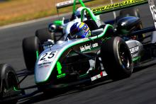 Oz: Two QR wins put Macrow into joint lead