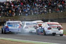 Bartrum: 'Resilient' BTCC will fight on in 2010
