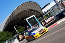 Winslow impresses on V8 debut