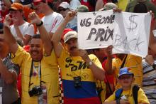 F1 fans show their anger after the Michelin teams withdrew from the United States Grand Prix