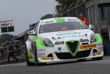 Austin aiming for top-ten progress at Oulton Park