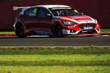 iOllie Jackson (GBR) - Motorbase Performance Ford Focus