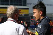 Alexander Albon (THA) Red Bull Racing RB16.