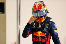 Alexander Albon (THA) Red Bull Racing in parc ferme.