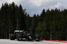 "Hamilton doing a ""dry dance"" with heavy rain set to hit F1 in Austria"