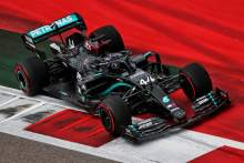 Hamilton survives Q2 drama to beat Verstappen to F1 Russian GP pole