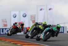 'Pleased' Aleix Espargaro goes down fighting