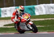Moto2: Corsi to replace Aegerter at MV