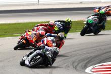 """Vinales keeps pace """"in the pocket"""" to defend against Marquez"""