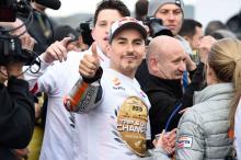 Lorenzo moving closer to Yamaha test rider role?