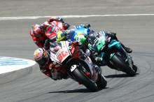 'Marquez-style' takes Nakagami to brink of podium