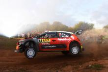 Meeke charges ahead for Citroen in Spain