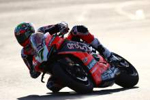 Chaz Davies exits Ducati with stylish swansong win as Jonathan Rea crashes