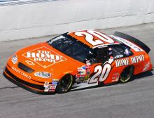 Stewart overcomes Newman assault to take 20th.